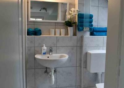 Dusche-mit-WC-2
